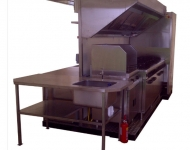 Mobile kitchens with access from all sides